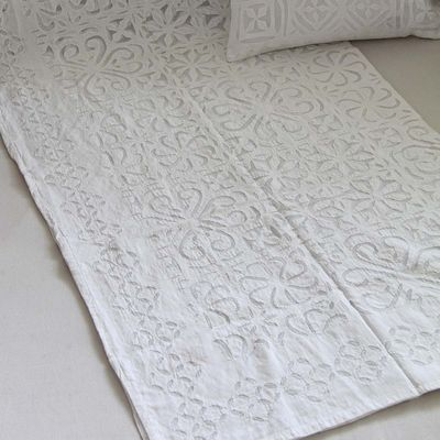 Manta Cutwork Off White